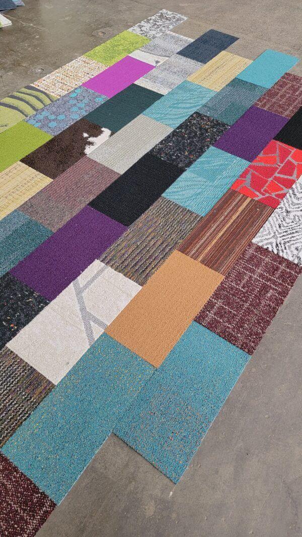 Decorator Mosaic Cut Carpet Tiles : Random